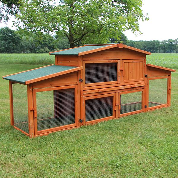 Toller Kleintierstall / Kaninchenstall Modell Königsstall XXL mit vielen praktischen Öffnungen